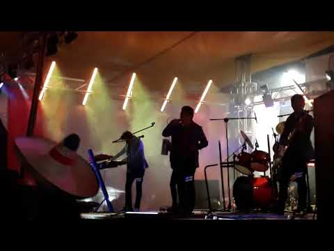 Chavos De Mexico -  [EN VIVO] (SUFRE MI CORAZON)