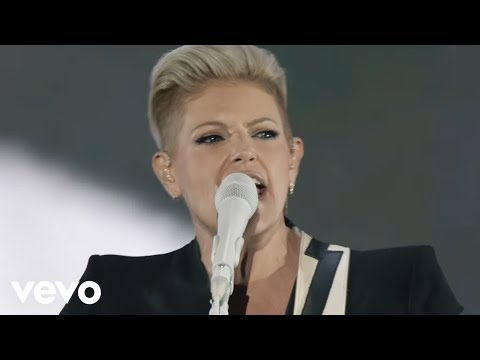 Dixie Chicks - Goodbye Earl (Live)