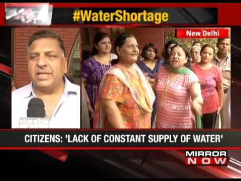 Delhi: Residents complain of foul smelling water - The News