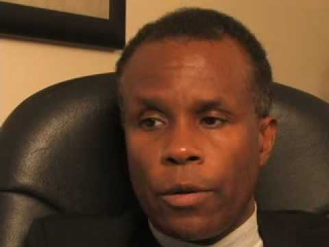 Kendall Minter Defines the Roles of Lawyers and Managers