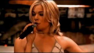 LeAnn RImes-Can't fight the moonlight [HD]