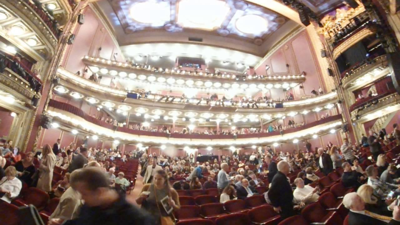 The 360 Privatebank Theatre Hamilton Experience