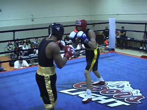 Allen Torres of Venture Boxing Club vs. Justin Ber...