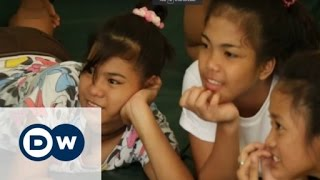 Repeat youtube video Child prostitution in the Philippines | DW Reporter
