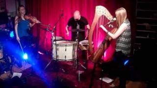 Rachel Newton Trio - Chaidh Mo Dhonnchadh Dhan Bheinn/Proud Maisrie