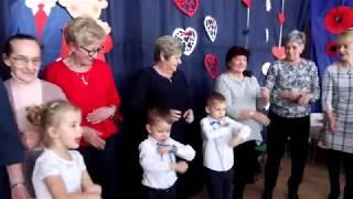 Dzień Babci i Dziadka w Przedszkolu nr 1 w Działowie. Były piosenki, wierszyki i tańce