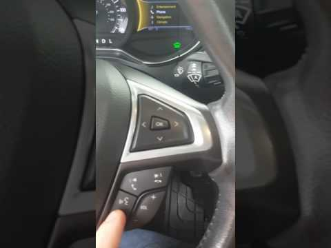 2013 Ford Fusion Energi battery hybrid charging station and features