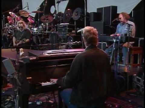 Grateful Dead ~ They Love Each Other