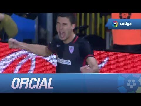 Golazo de De Marcos (0-2) en el Sporting de Gijón - Athletic Club