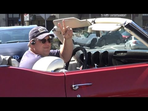 Photo of Billy Gardell  - car