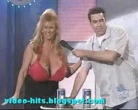 Crushing with boob