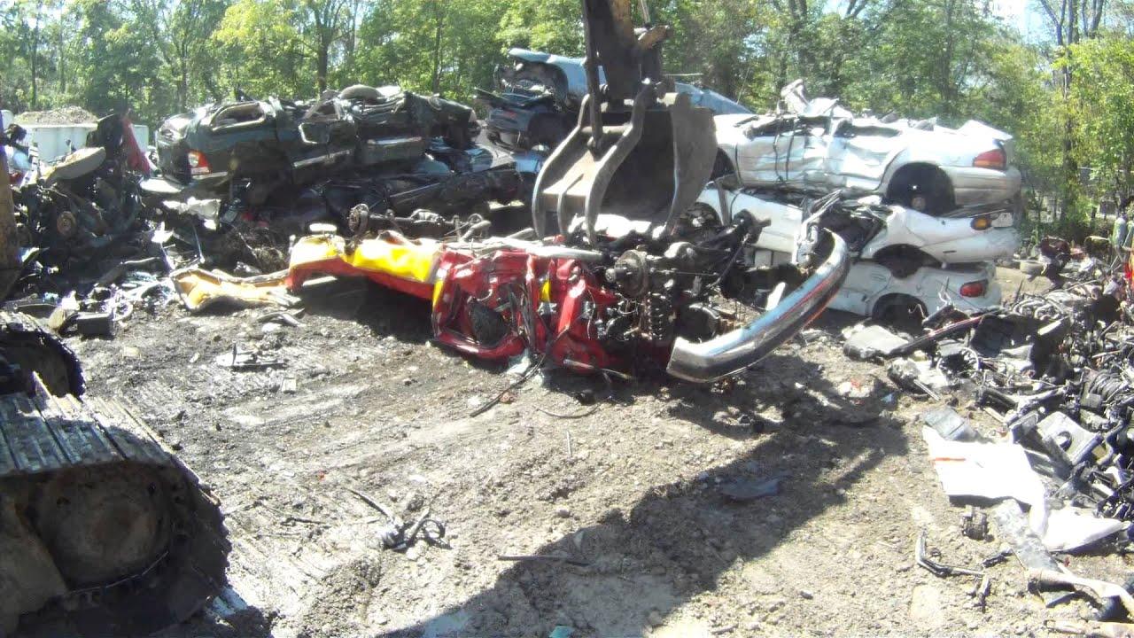 truck gettin CRUSHED at a scrap yard - YouTube