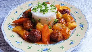 Фрикадельки с рисом и овощами