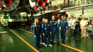 Expedition 36/37 Crew Preps for Launch