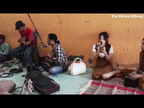Despacito (Dangdut cover by Via Vallen)!! Via Vallen lagi latihan lagu Despacito