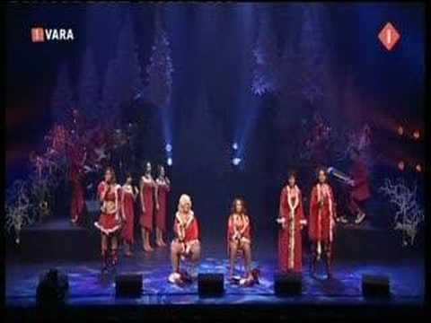 Karin Bloemen - I saw mommy kissing Santa Claus (La