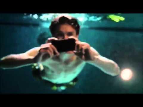 Xperizr el smartphone que graba y toma fotos hd bajo el for Imagenes de hoteles bajo el agua