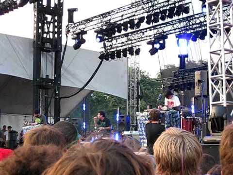 Animal Collective - Guy's Eyes - Lollapalooza 2009