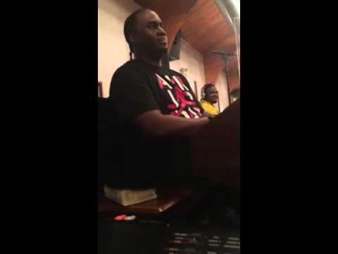 Curtis Lindsey on Organ