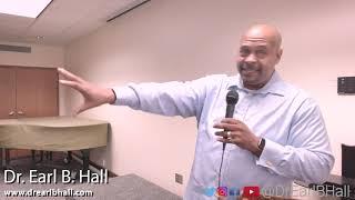الدكتور إيرل B. قاعة WAUWATOSA المكتبة - كيفية إنشاء الحياة التي تستحقها