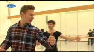 Walzer tanzen lernen für den Theaterball
