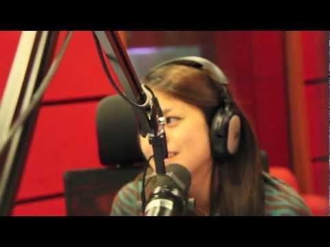 Akulah Kekasihmu - Elly nyanyi LIVE di Hot FM Zon