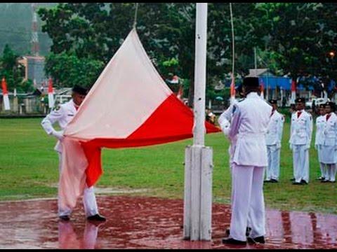 6 Kegagalan Paskibra Saat Pengibaran Bendera Merah Putih Pada HUT RI ke 71