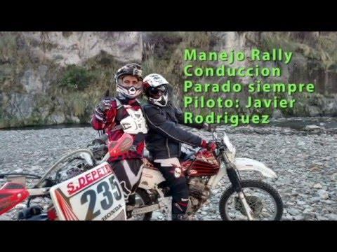 Manejo Parado estilo Rally en Moto