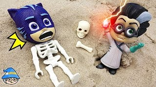 PJ Masks turned into a skeleton. Fall into Romeo's Trap. Romeo's Disguise.