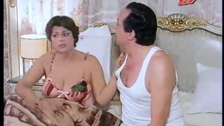 مصرية صدرها كبير 2