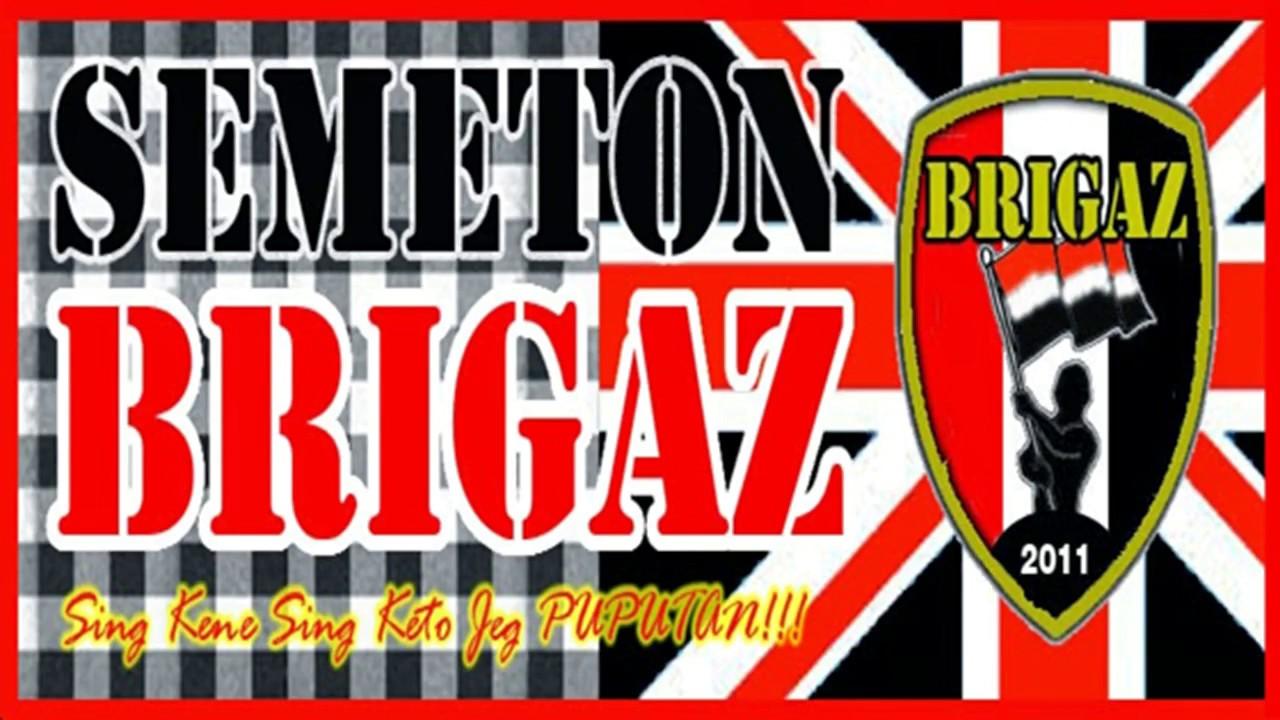 lagu Merah Putih by Brigaz Bali(bali united vs mitra k)