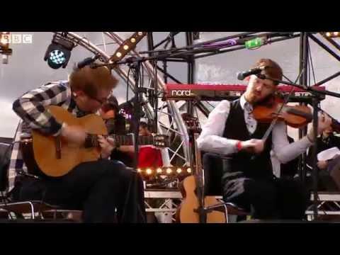Ross Couper & Tom Oaks - Closing Set (live at the Quay)
