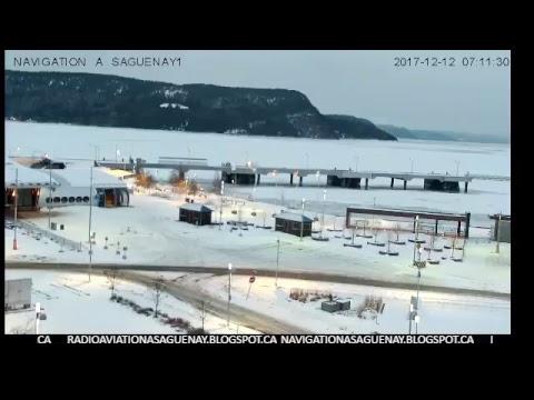 Entrée et sortie de navires vers le quai de Port-Alfred le 11 Déc 2017