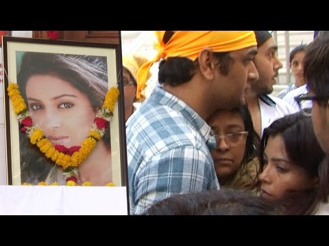 Pratyusha Banerjee SUICIDE   Friends attend Prayer Meet