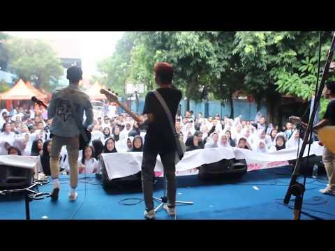 Nobitasan - Tetaplah Bersamaku (Perform at Pensi Smpn 17 Tangerang)
