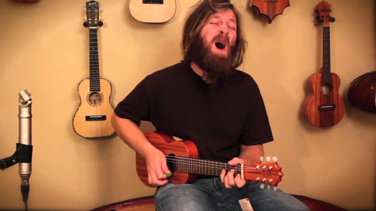 """Mike Love """"Never Retire"""" on a KoAloha D6 - Guitarlele"""