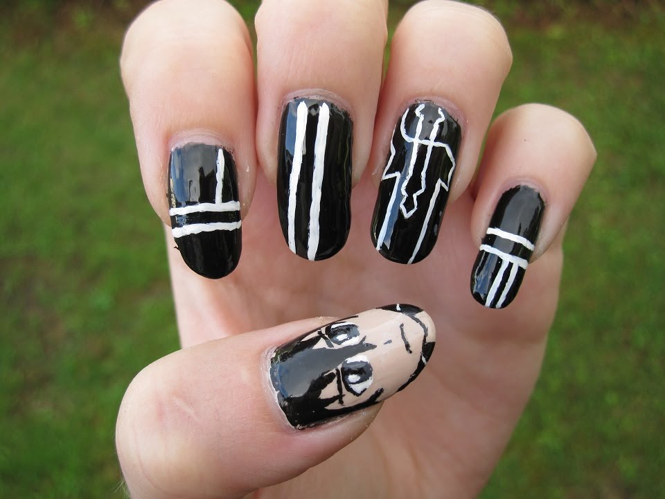 Sword Art Online: Kirito nail art - YouTube