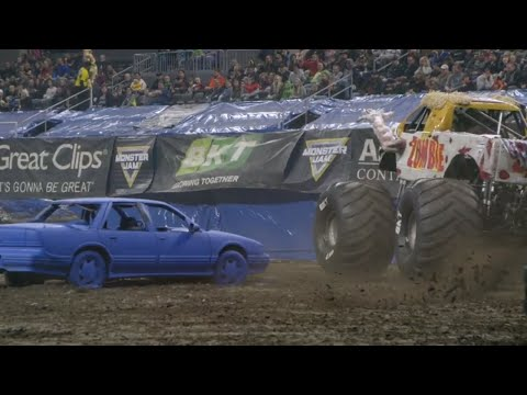 Sioux Falls, SD Highlights | Monster Jam 2018