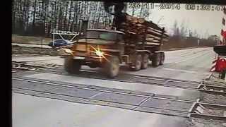 Авария на ж/д переезде ст Сеньково с пережогом проводов