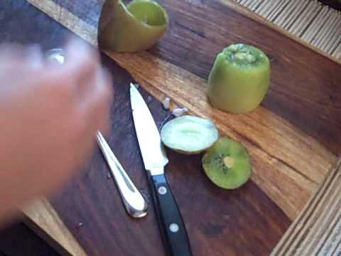 Generate How to Peel a Kiwi Screenshots
