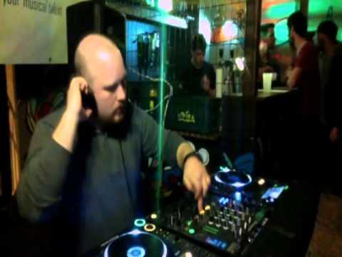 Live ! Sessions Belgium presents Cyber Crunk Records - AIR-J