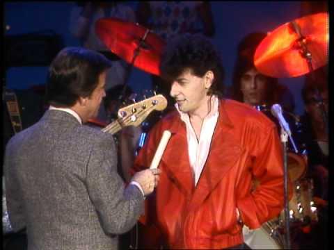 Dick Clark Interviews Robert Hazard - American Bandstand 1983