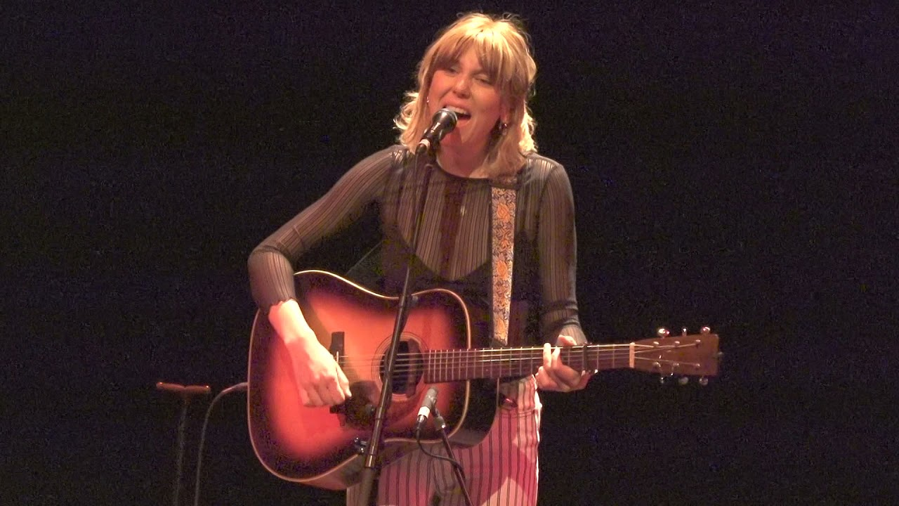 """Download Molly Tuttle """"Cold Rain and Snow"""" 9/16/21 The Egg Albany, NY"""