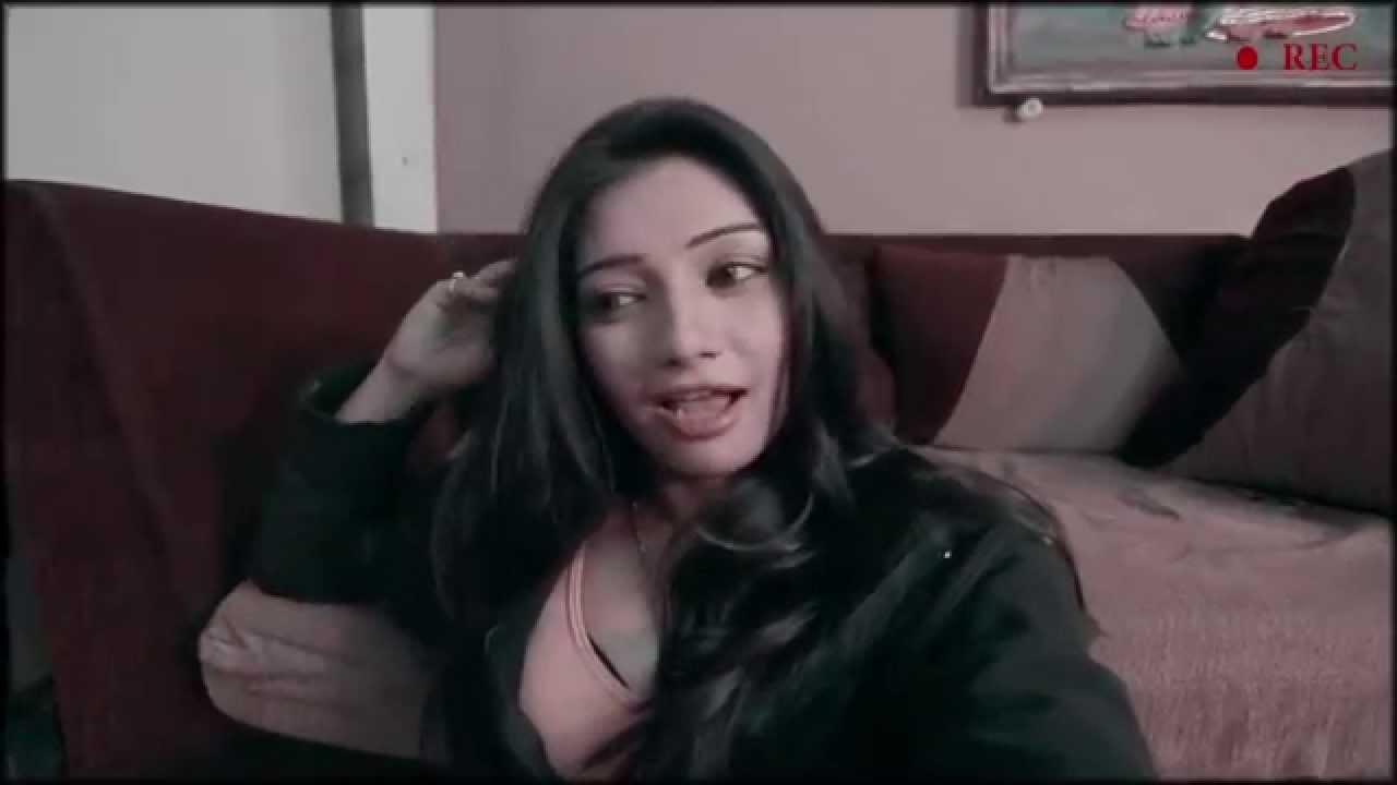 Girl defloration with dildo