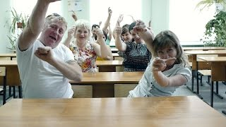 Поздравление родителей на Выпускной 2015 - Я смотрю на них (кавер-версия)