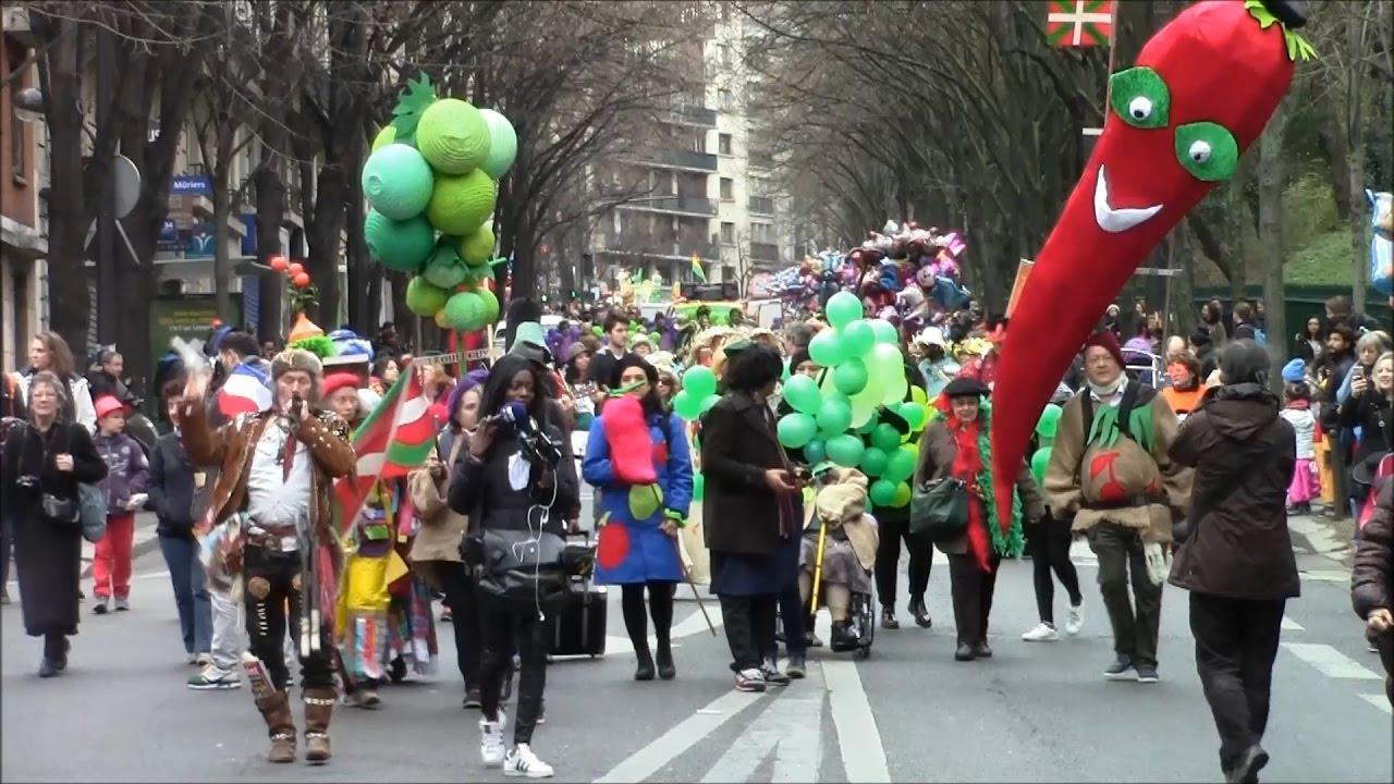 Carnaval de paris 2017 le d but du d fil avenue gambetta youtube - Carnaval tropical de paris 2017 ...