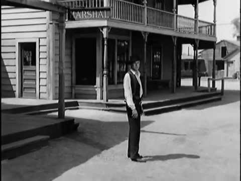 "HIGH NOON (1952) in 5 minutes - with Ennio Morricone's ""Rabbia e Tarantella No. 3"""