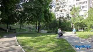 Голосеевский пр-т, 74А Киев видео обзор(Проспект Голосеевский, 74А. 16-этажный панельный дом 1981 года постройки. Единственное парадное в здании поддер..., 2014-09-21T14:05:02.000Z)