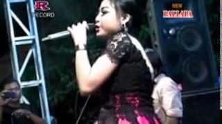 Maju Mundur Cantik (Rere) - New Pallapa Live Pakal Surabaya