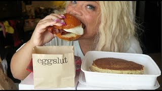 eggslut mukbang! | messy breakfast sandwich eating show